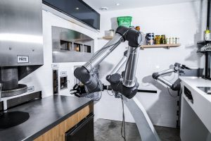 EKIM introduces Pazzi, the pizza-making robot